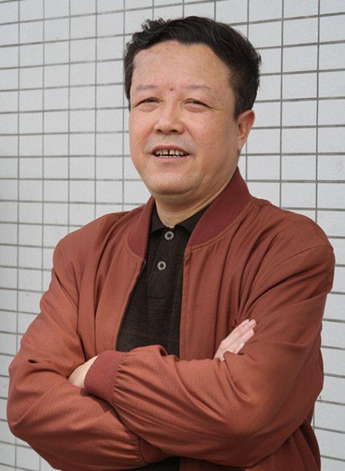辛世江--中国书画家协会会员