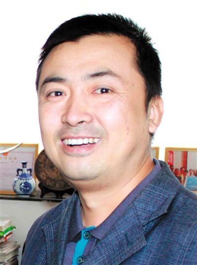 蔡卫东--青年漫画家,甘肃省美术家协会漫画艺术委员会秘书长