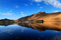 美丽的内蒙古巴丹吉林沙漠 额济纳胡杨林