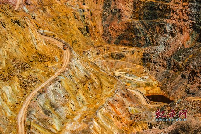 重拾白银公司厂坝铅锌矿采矿坑的流金岁月