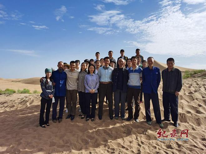 大漠深处写传奇――探访电影《八步沙》拍摄现场