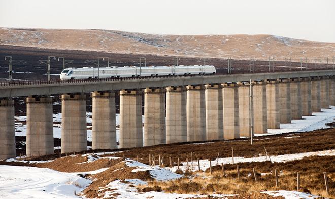 兰州铁路局全力备战2021年元旦小长假旅客运输 预计发送旅客约60万人次