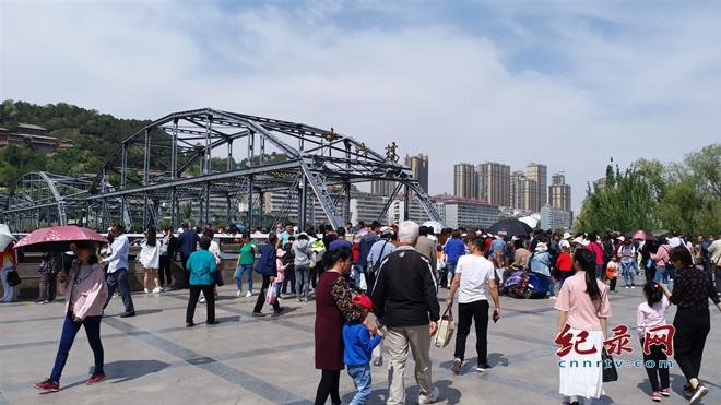 端午假日期间 兰州市接待游客348.56万人次 实现旅游综合收入约29.874亿元